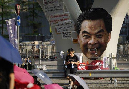 Hong Kong protesters stockpile supplies, prepare for long haul