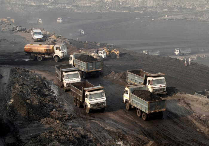 Members of Indian Prime Minister Narendra Modi's Bharatiya Janata Party (BJP) have mounted protests that have paralysed production at one of India's biggest coalfields following a deadly accident last week. (Reuters Photo)