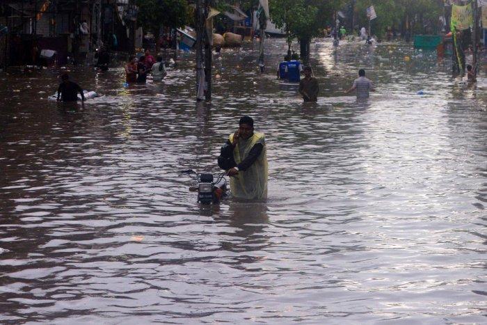 16 people killed in Pakistan floods | Deccan Herald