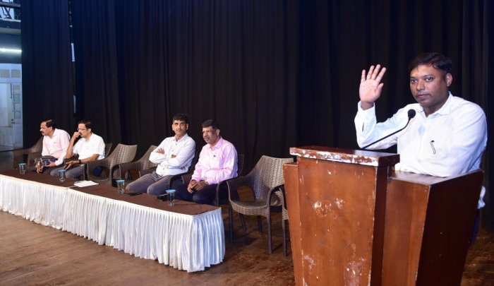 Dakshina Kannada Deputy Commissioner S Sasikanth Senthil speaks at a meeting of the principals of educational institutions in the district, convened by the district administration at Town Hall in Mangaluru on Monday.