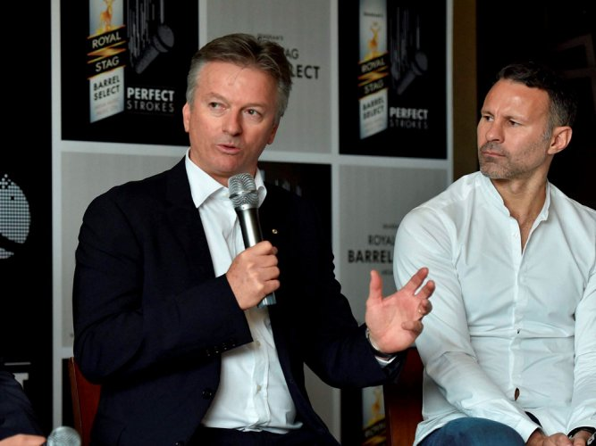 U-17 World Cup will put India on global map: Football greats