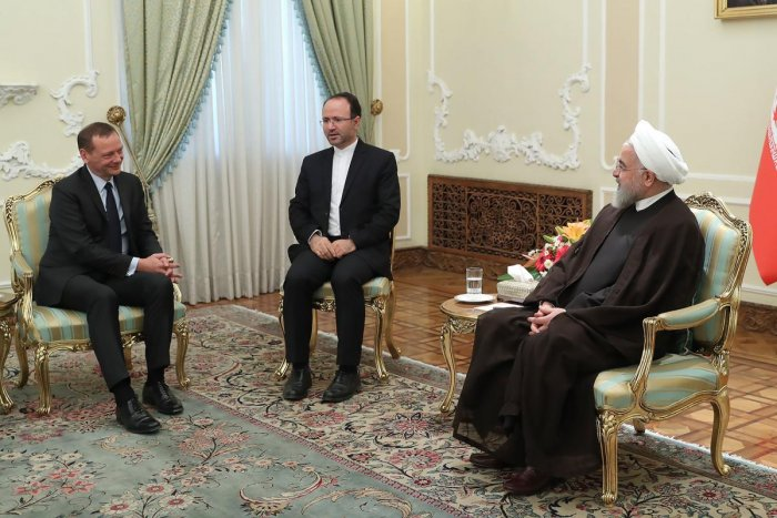Iran President Hassan Rouhani (R) meeting with Emmanuel Bonne (L), diplomatic advisor to the French president, in the capital Tehran (AFP PHOTO/HO/IRANIAN PRESIDENCY)