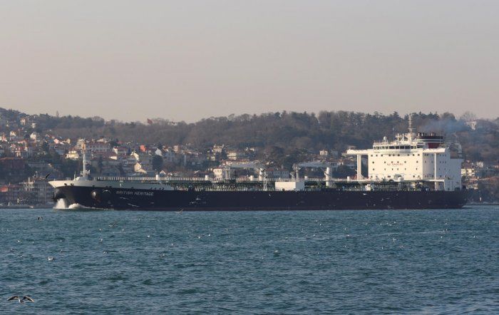 Oil tanker British Heritage sails in the Bosphorus, on its way to the Black Sea, in Istanbul. Reuters photo