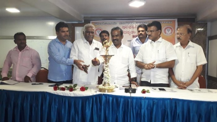 N Ravikumar (centre-right) said that the target was set following a meeting of the minority Morcha held recently