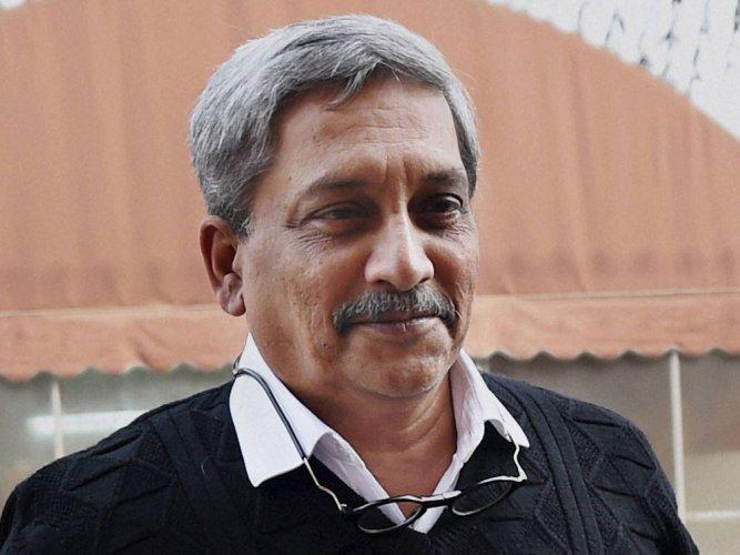 BJP stakes claim to form govt in Goa under Manohar Parrikar