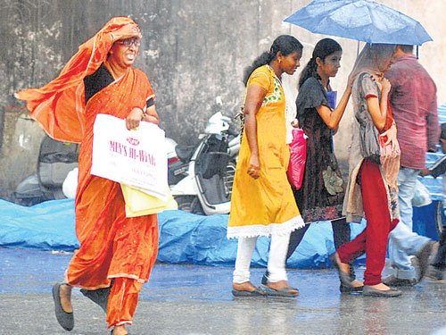 Heavy rainfall continues to lash Karnataka