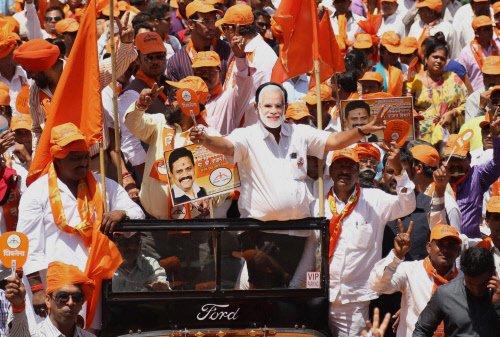 US scared of Modi becoming PM: Shiv Sena