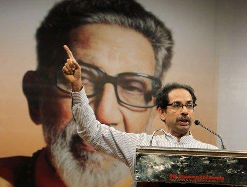 Shiv Sena sulks over poor representation in Modi cabinet
