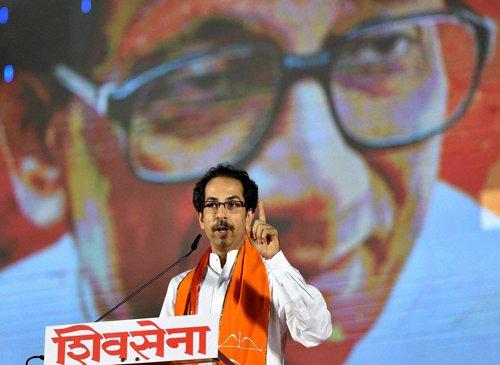 Shiv Sena hits back Modi in 'Saamana'