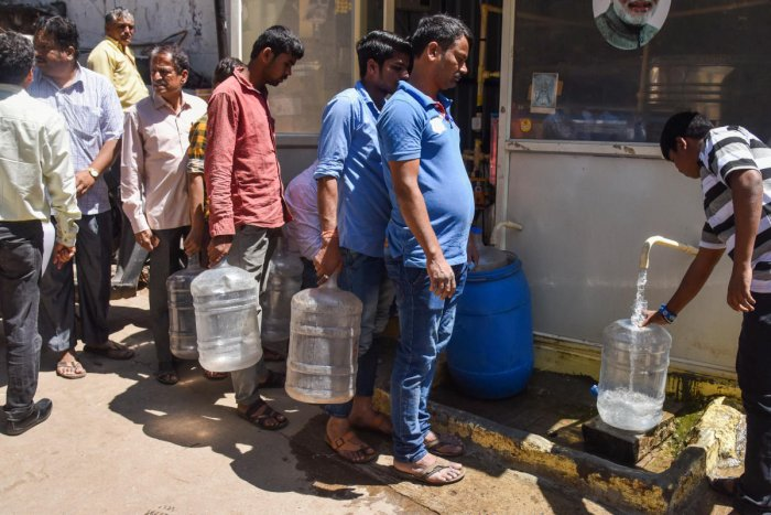 The Rural Development and Panchayat Raj department has set up 16,528 reverse osmosis plants across the state and work to set up 2,054 such plants is underway. DH File Photo