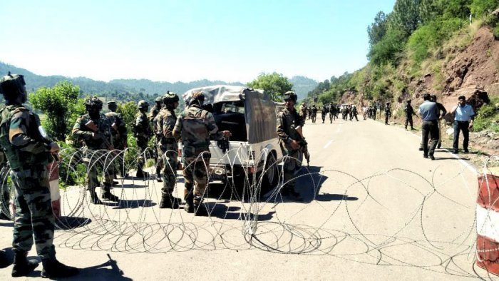 Pakistan violated ceasefire on Tuesday by mortar shelling and small arms firing on forward posts and villages along the Line of Control (LoC) in Rajouri district of Jammu and Kashmir, officials said. (PTI File Photo)