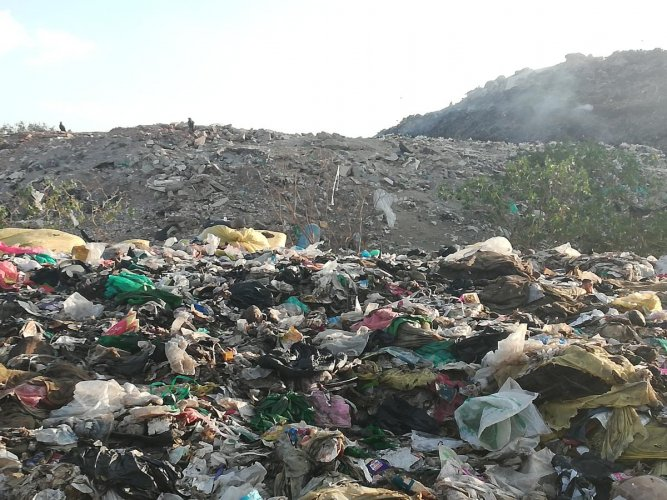 The city's only landfill is about to overflow. (Representative image)