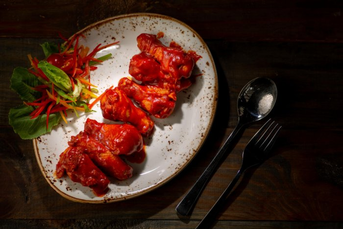 Sriracha-spiced chicken wings