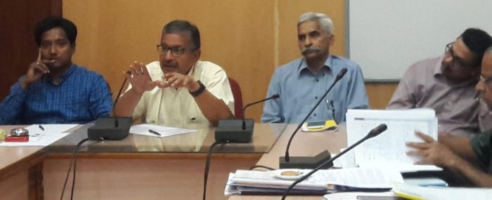 Forest, Environment and Ecology Department Additional Chief Secretary Sandeep Dave speaks at a meeting in Chikkamagaluru.