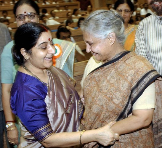 As the news of her demise spread, even leaders from Opposition parties vied with each other in showering lavish praise on former External Affairs Minister Sushma Swaraj.  File photo