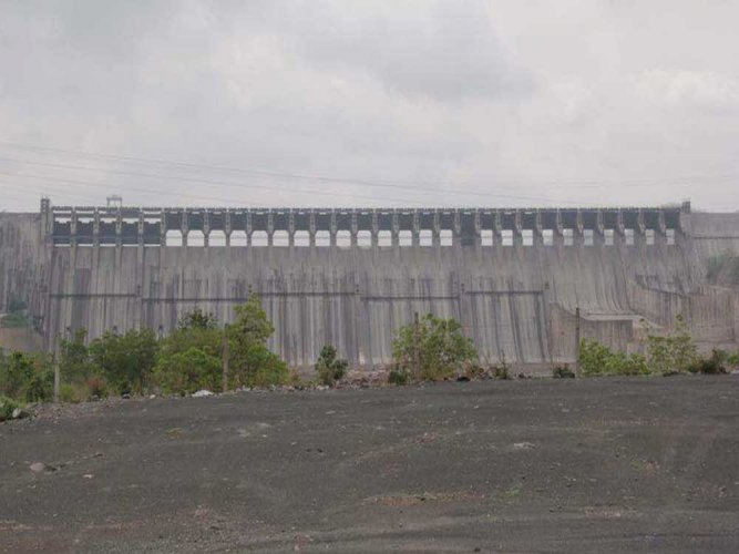 Sardar Sarovar Narmada Dam. DH file photo