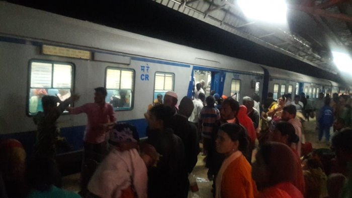 South Western Railways (SWR) operated a special train to evacuate the flood-affected people. DH Photo