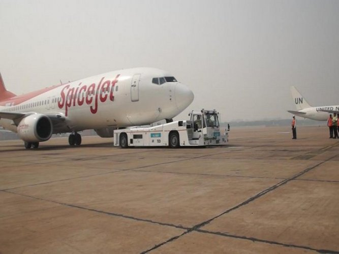 No-frills airline SpiceJet on Friday reported a net profit of Rs 261.7 crore in the three months ended June.