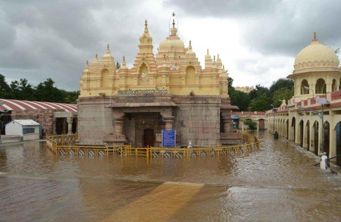 Sangamanatha temple in Kudalasangama of Bagalkot district is marooned following heavy rain on Friday.