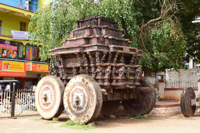 The 180-year-old chariot of Chamarajeshwara Swamy Temple which was damaged in 2017. Photos by author
