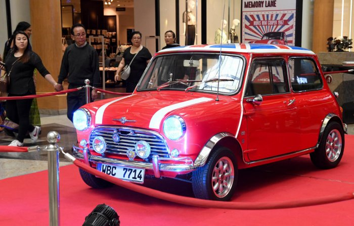 1967 Morris Mini Cooper owned by Subramanya Gupta. DH Photos B H Shivakumar