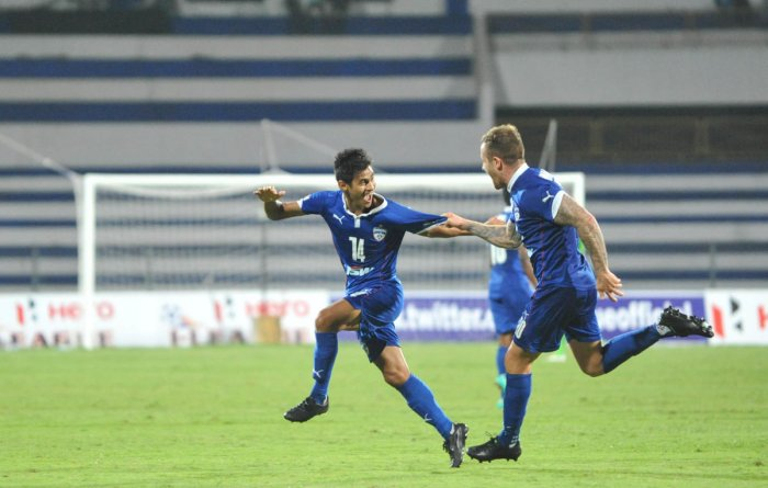 A fan favourite at Bengaluru FC, Eugeneson Lyngdoh (left) is looking forward to a good season with the Blues.