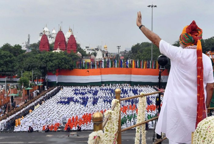 New Delhi: Prime Minister Narendra Modi waves at the crowd as he arrives to address the nation from the ramparts of Red Fort on the occasion of 73rd Independence Day, in New Delhi, Thursday, August 15, 2019. (PIB/PTI Photo) (PTI8_15_2019_000158A)
