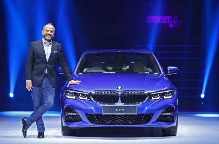 Mr. Rudratej Singh, President and CEO, BMW Group India with the all-new BMW 3 Series