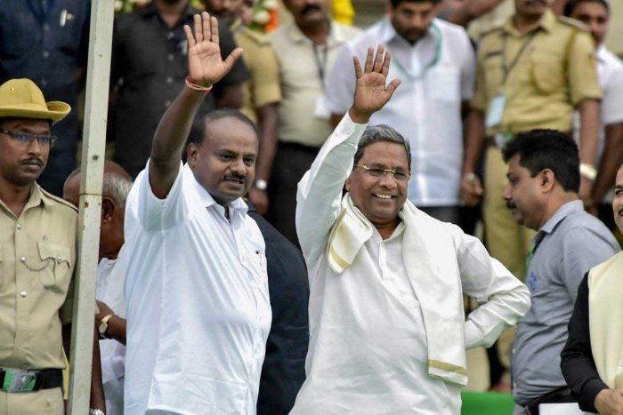The upsurge in the tension between Siddaramaiah and H D Deve Gowda has virtually meant the end of the road for the alliance between the Congress and the JD(S). (PTI File Photo)