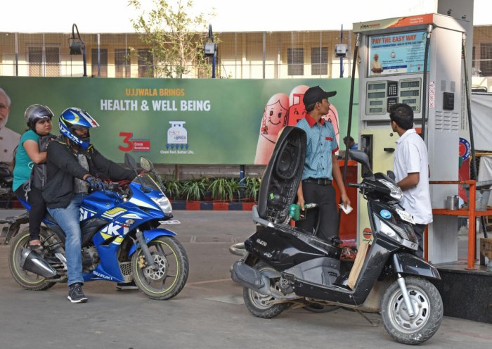 Petrol price in Delhi was hiked to Rs 74.80 per litre from Rs 74.63 while diesel rates were increased to Rs 66.14 a litre from Rs 65.93, according to a price notification issued by state-owned oil marketing companies. File photo