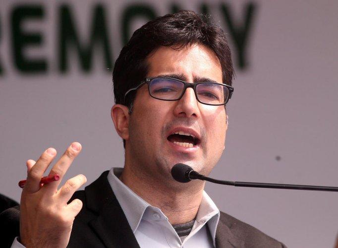 Shah Faesal, a former Indian bureaucrat from Jammu and Kashmir state. (Reuters Photo)