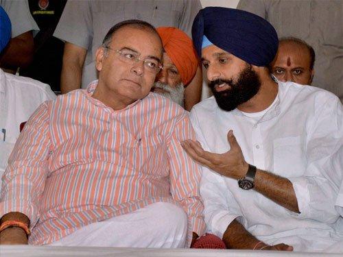 Arun Jaitley loses in Amritsar