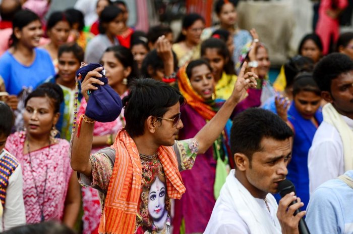 The Delhi Traffic Police has made special arrangements to manage crowds and vehicle movement around temples and venues of Janmashtami celebrations. (AFP Photo)