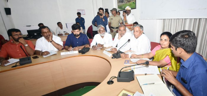 The minister was addressing reporters after a Dasara preparatory meeting with people's representatives and officials, at the Deputy Commissioner's office. (DH Photo)