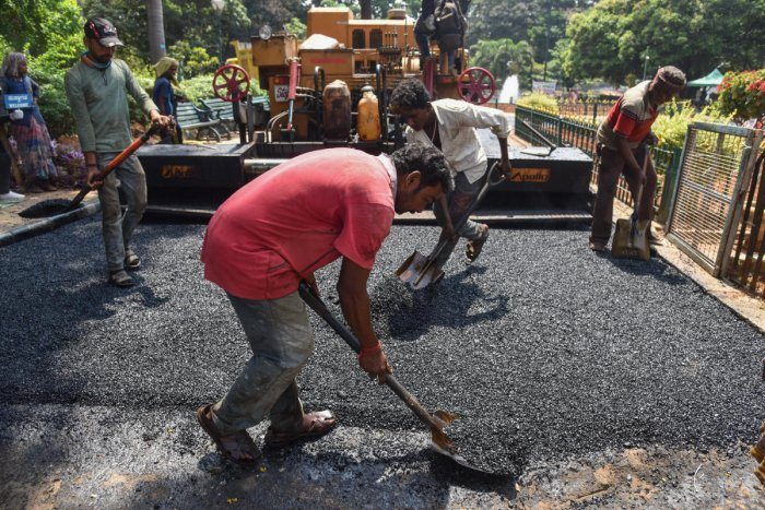 The asphalt mix requires 7% of plastic and the BBMP has an adequate supply as it has collected about 300 tonnes of plastic items that are dumped in the collection centresevery day.