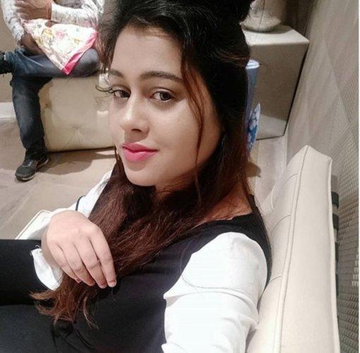 Pooja Singh De.