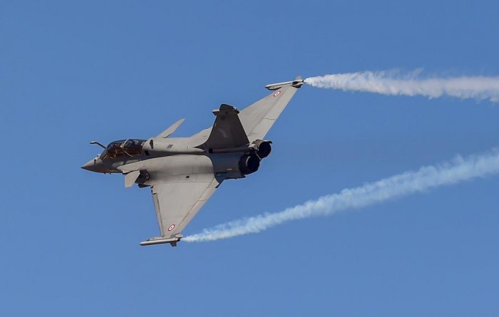 The France-based Dassault Aviation, the manufacturer of Rafale fighter jets, signed an agreement with the government-run ITI Nagpur last month for starting an 'Aeronautical Structure and Equipment Fitter' course at the institute. (DH File Photo)