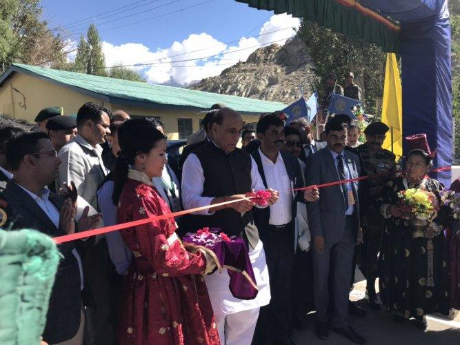 Defence Minister Rajnath Singh inaugurates Kisan-Jawan Vigyan Mela in Leh on Thursday. (Twitter/RajnathSingh)