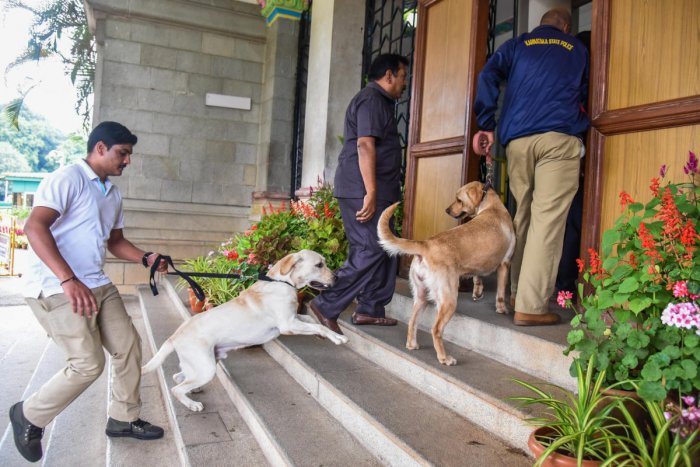 NIA searches were conducted at the residences of five people in the city to ascertain if they had any links with Lashkar-e-Taiba terrorists. (Image for Representation)