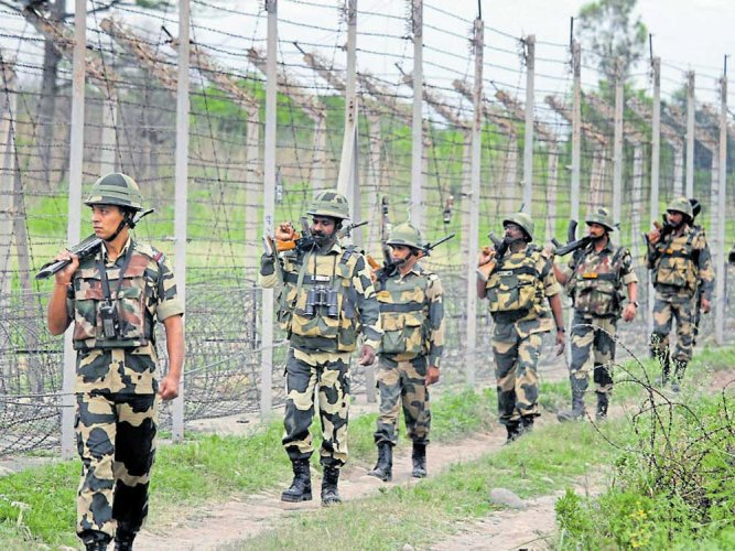 There are reports that militants are making repeated attempts to sneak into Kashmir Valley amid cross-LoC firing incidents in Hajipir and Gurez sectors. PTI file photo