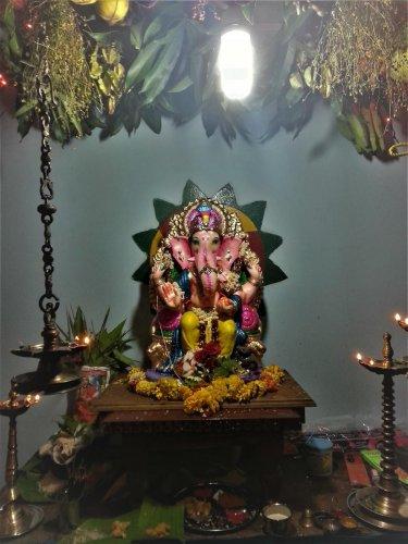 A decorated idol of Lord Ganesha with the 'matoli'