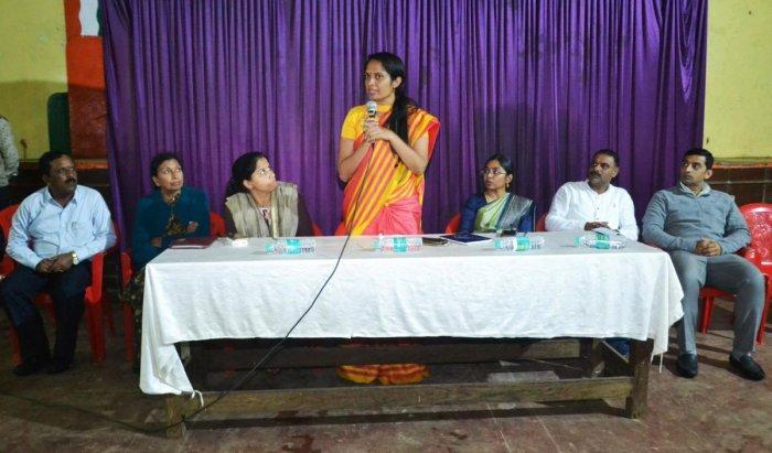 A meeting on Madikeri Dasara was convened by Deputy Commissioner Annies Kanmani Joy at Kaveri Kalakshetra in Madikeri on Thursday.