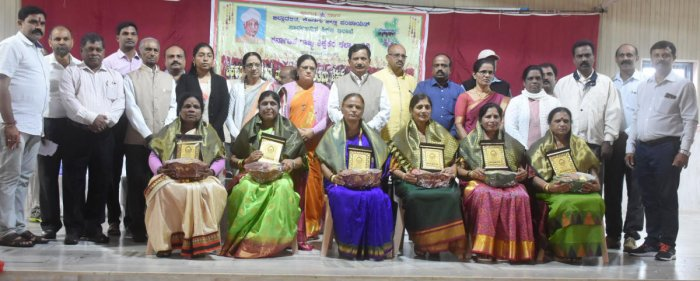 District Best Teachers' Awards were presented during the Teachers' Day celebrations in Madikeri on Thursday.