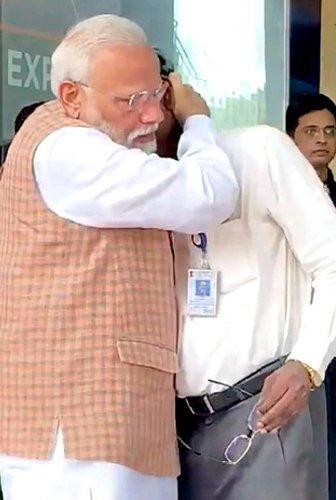 PM Narendra Modi consoles Isro chief K Sivan in Bengaluru. PTI