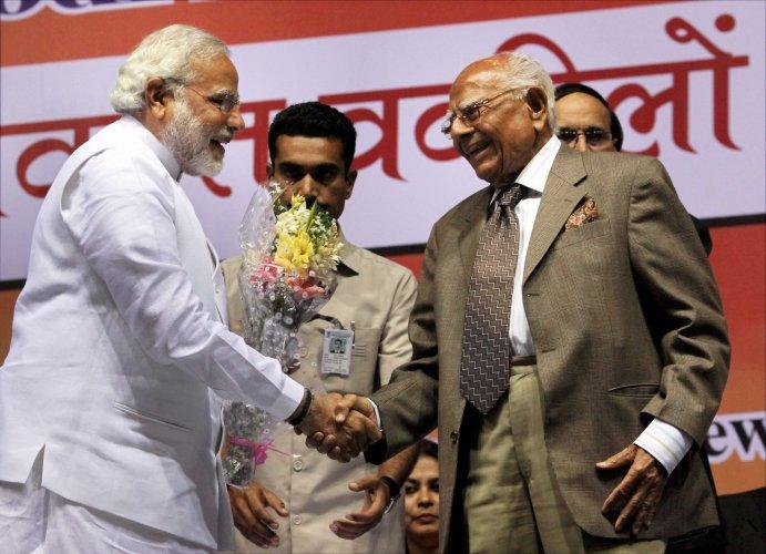 Jethmalani's roller-coaster ride in politics | Deccan Herald