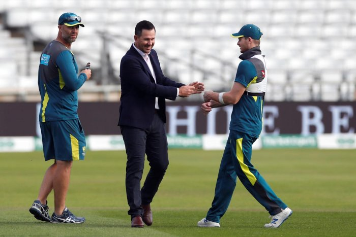 Australia's Steve Smith and assistant coach Ricky Ponting Action Images via Reuters/Andrew Boyers. (Reuters Photo)