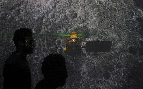 Chandrayaan-2: Time running out to contact Vikram | Deccan