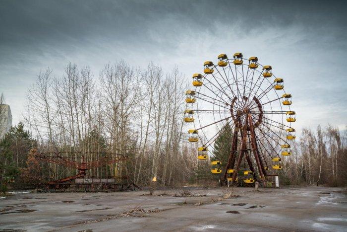 An abandoned Ferris wheel in an amusement park in Pripyat, Ukraine