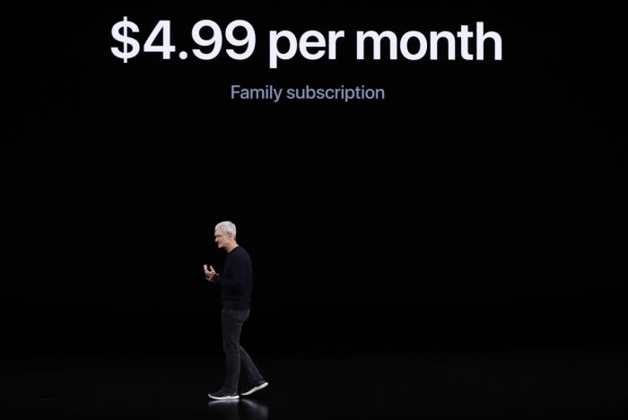 CEO Tim Cook speaks at an Apple event at their headquarters in Cupertino, California, U.S. September 10, 2019. Photo by Reuters