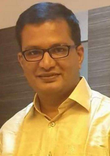 Dr Sachin Patil
